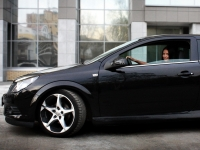 Opel Astra gtc фото